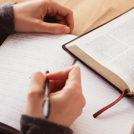 Semper Reformanda | Áreas de Estudio | Teología